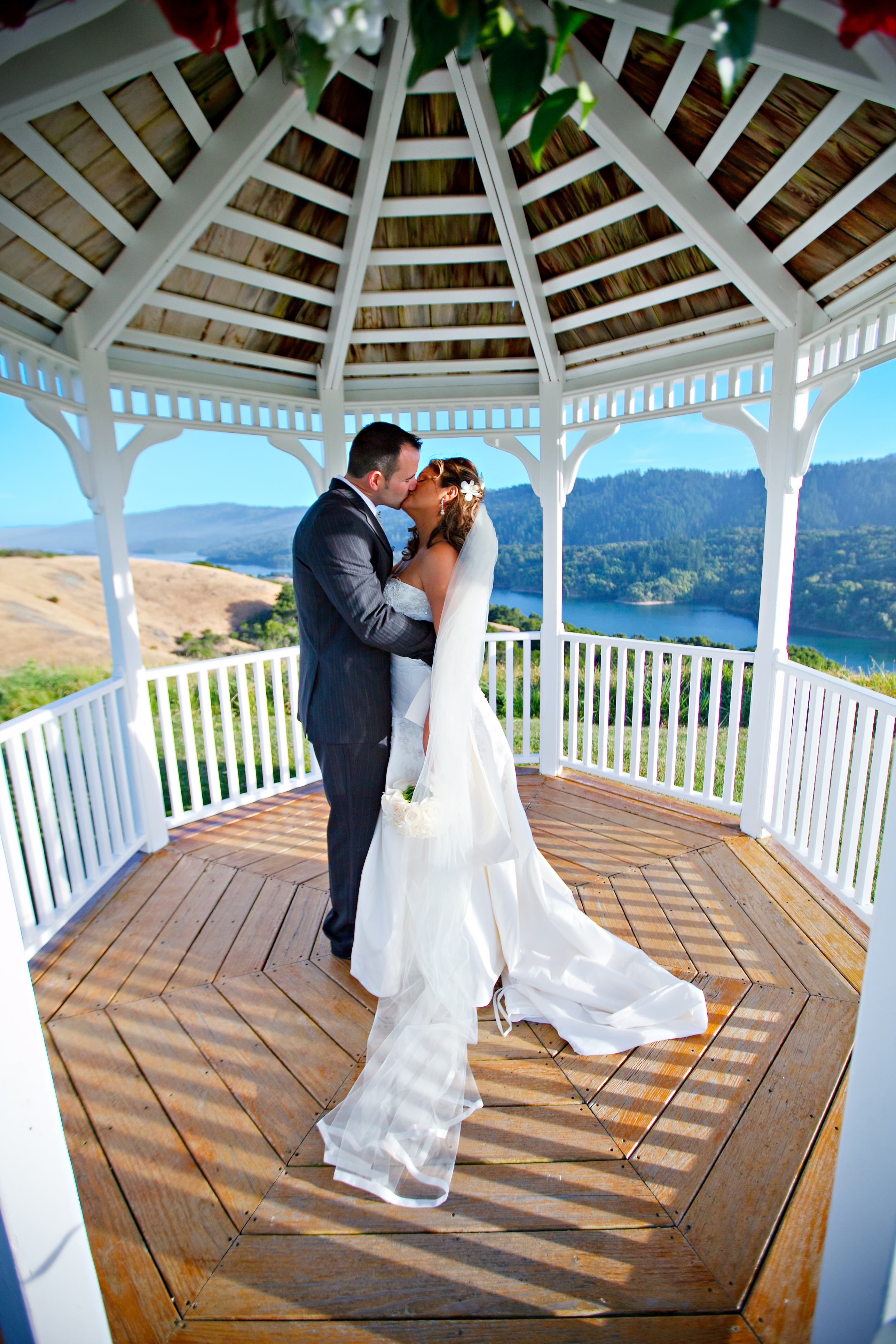 Click To Enlarge Image Bride And Groom Gazebo Kiss Jpg
